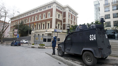 An armoured police vehicle waits in front of the German Consulate, which is closed on indications of a possible imminent attack, in Istanbul, Turkey March 17, 2016. © Osman Orsal