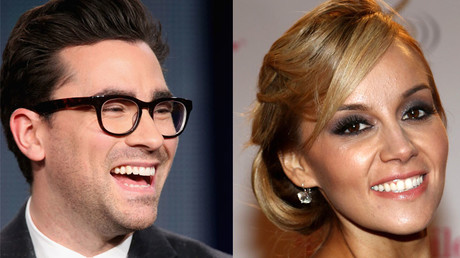 Dan Levy and Rosie Rivera. © AFP