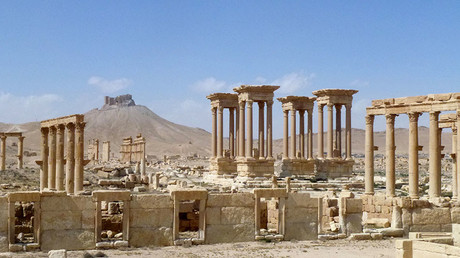 A general view taken on March 27, 2016 shows part of the ancient Syrian city of Palmyra, after government troops recaptured the UNESCO world heritage site from Islamic State (IS) group jihadists on March 27, 2016.  © Maher Al Mounes