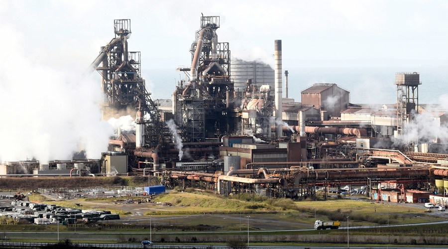 A general view shows the Tata steelworks in Port Talbot, Wales, Britain March 30, 2016.© Rebecca Naden