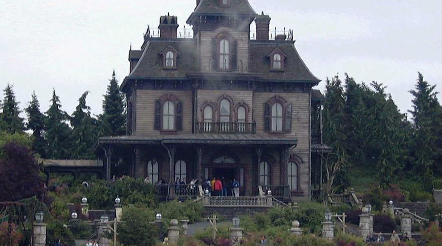 disneyland paris employee found dead inside haunted house