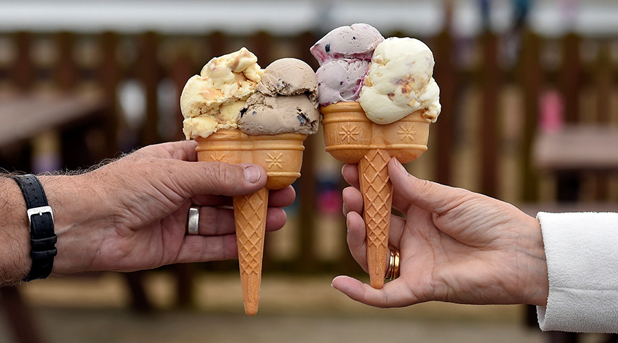 Taste of 'Panama offshore': Reykjavik cafe makes special edition ice cream