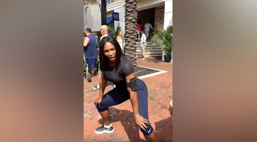 Serena Williams gives twerking lesson (VIDEO)