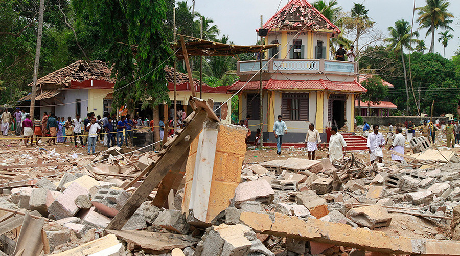 Over 100 dead in temple fire in South India after firecrackers cause 'massive blast' (VIDEO)