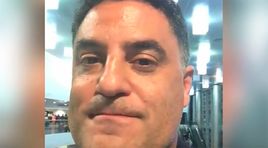 Young Turks host kicked off American Airlines flight because captain wasn't 'comfortable' (VIDEOS)