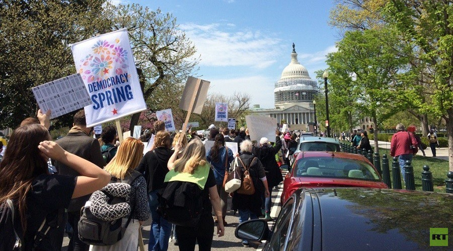 300+ arrested at 'Democracy Spring' sit-in at US Capitol (VIDEO)