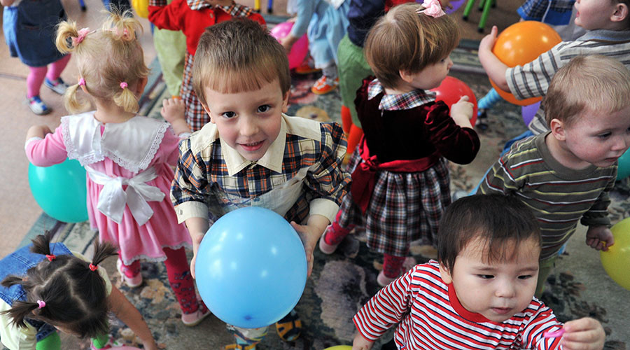Russian NGO proposes nationwide register of prospective adoptive parents