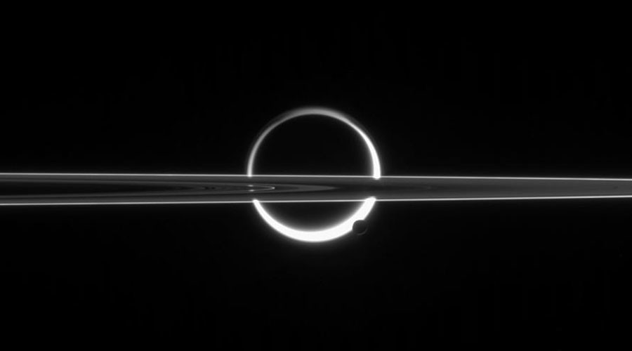 Rings of fire: Saturn's moons split in awesome Cassini image (PHOTOS)