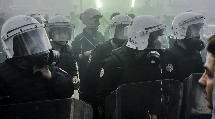9 injured in clashes at Anadolu University, Turkey (VIDEO)