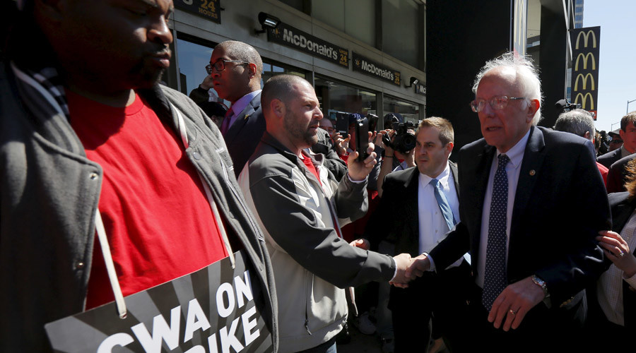 U.S. Democratic presidential candidate and U.S. Senator Bernie Sanders greets Communications Workers of America (CWA) workers striking against Verizon in Brooklyn, New York April 13, 2016. © Brian Snyder