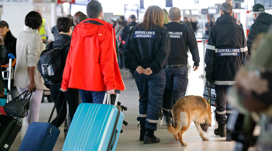 EU approves anti-terror plan to collect airline data of passengers travelling in, out of bloc