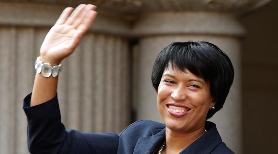 Washington D.C. Council member Muriel Bowser © Gary Cameron