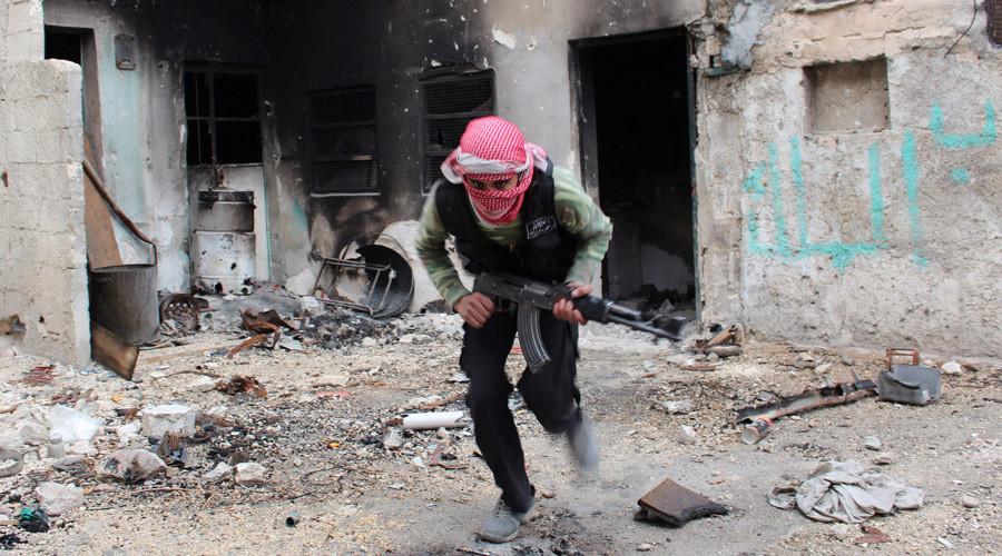 Islamist-linked group declares battle on Damascus