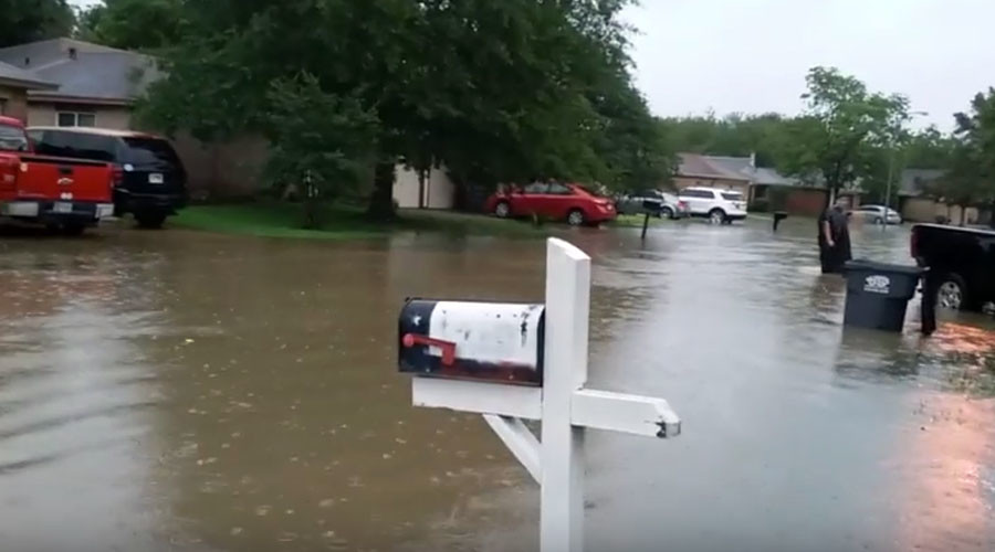 Central, east Texas hit with major storm, flash flooding shuts down Houston