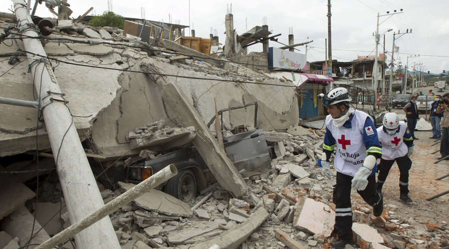 Ecuador quake death toll surges to over 400 (PHOTOS, VIDEO)