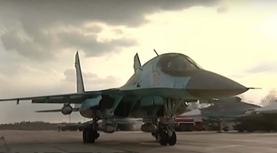 Su-34 jets strike huge ice-jam in northwest Russia to prevent flooding (VIDEO)