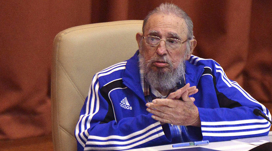 Cuba's former president Fidel Castro attends the closing ceremony of the seventh Cuban Communist Party (PCC) congress in Havana, Cuba, in this handout received April 19, 2016 © Omara Garcia