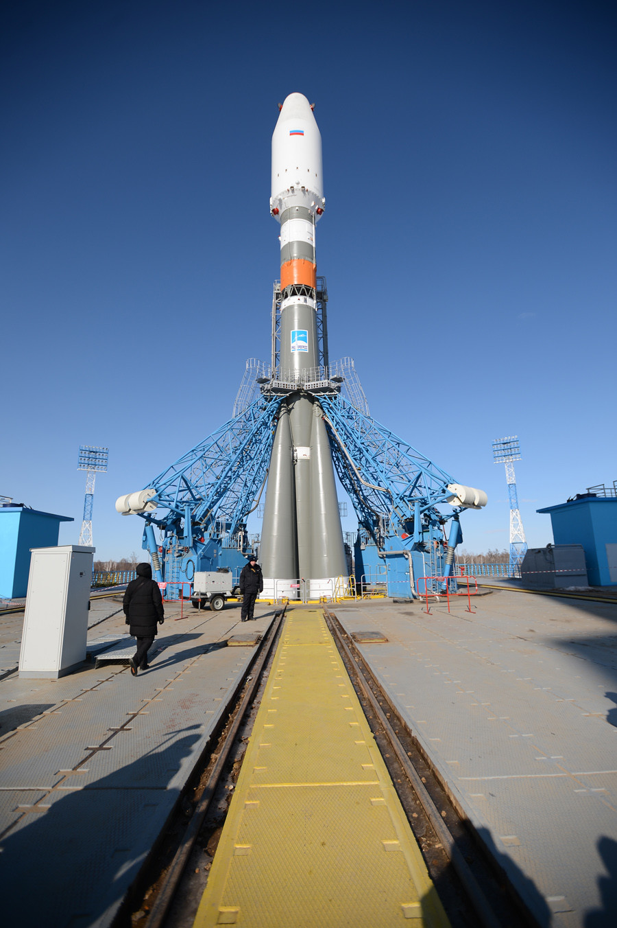 The Soyuz-2.1a carrier rocket of the Progress Rocket Space Center during testing of structural parts and technical check of the installation on the launch pad at the Vostochny Cosmodrome, the Amur region, during an inspection of Russian Deputy Prime Minister Dmitry Rogozin. © Sergey Mamontov