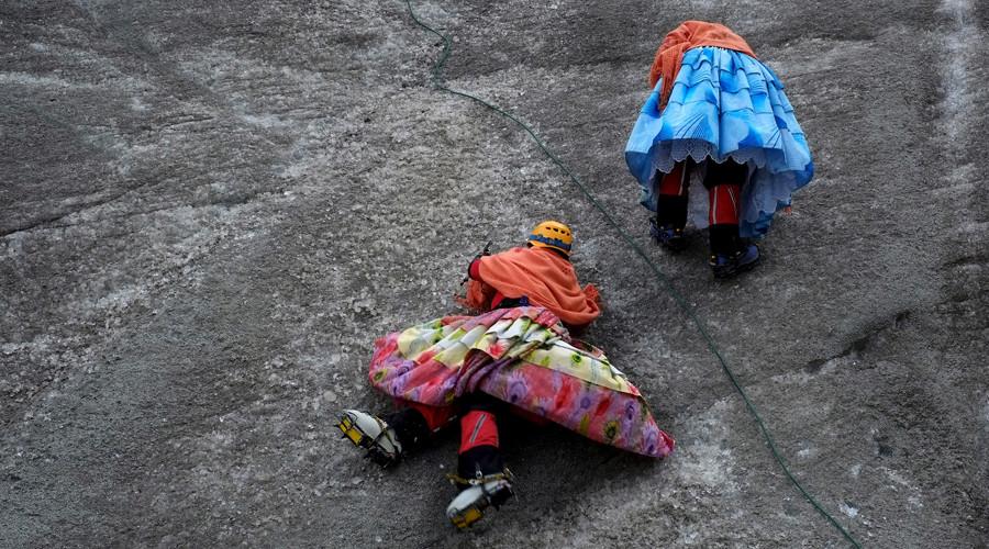 Aymara indigenous women practise on a glacier of the Huayna Potosi mountain on the outskirts of La Paz, Bolivia, April 6, 2016 © David Mercado