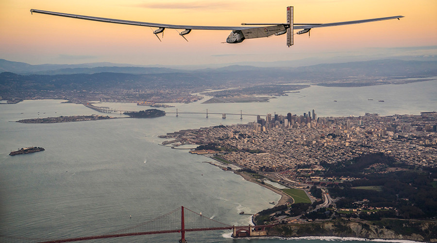 Solar-powered plane soars over Golden Gate Bridge in fuel-free Pacific crossing (PHOTOS, VIDEO)