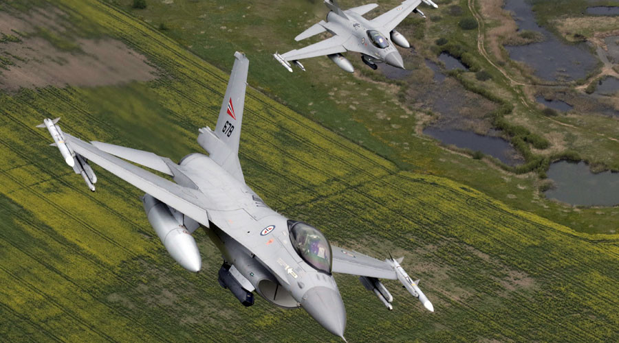 Norway's Air Force F-16 fighters © Ints Kalnins