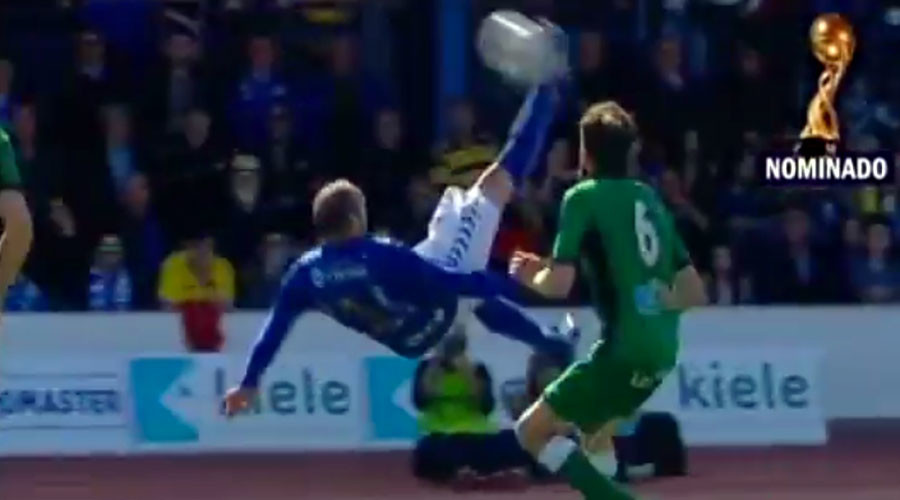 Spanish player scores outrageous 30-yard overhead kick (VIDEO)