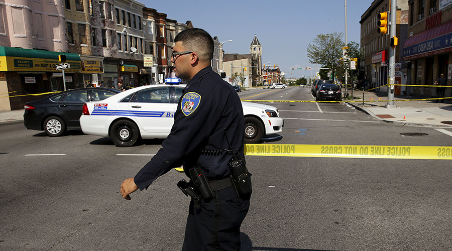 Baltimore police shoot 13yo who had replica gun