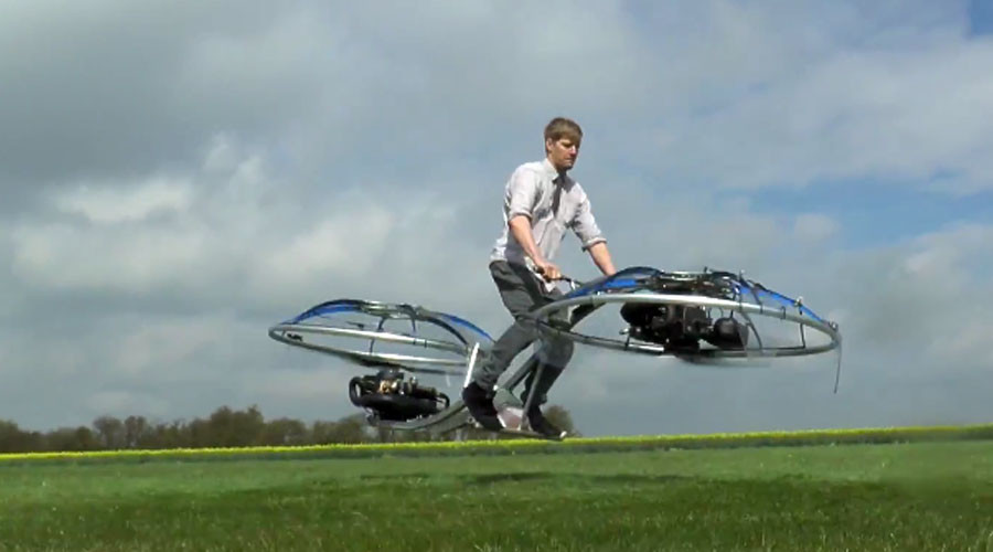 Madcap inventor designs bizarre 'human blender' hoverbike (VIDEO)