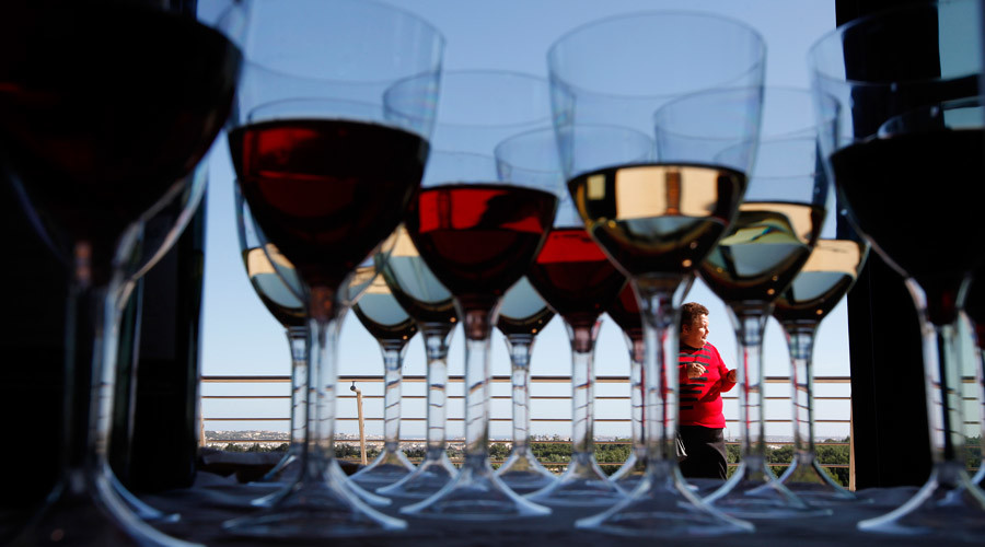 Wine & coffee are good for your gut, scientists say