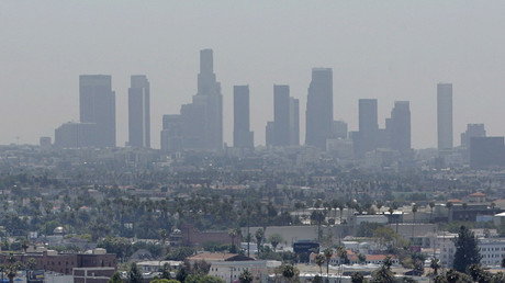 The skyline of downtown Los Angeles through a layer of smog © Fred Prouser