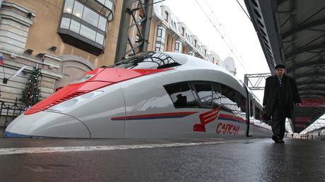 High-speed train Sapsan (made by the German Siemens concern) which runs between St. Petersburg and Moscow. © Alexei Druzhinin