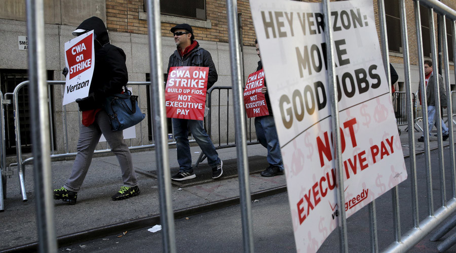 Union files FCC complaint over Verizon 'deception' as worker strike hits 3rd week