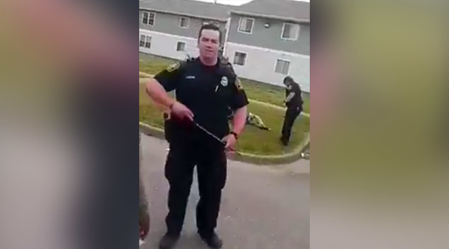 Virginia cops recorded threatening witnesses during violent arrest of black man (VIDEO)
