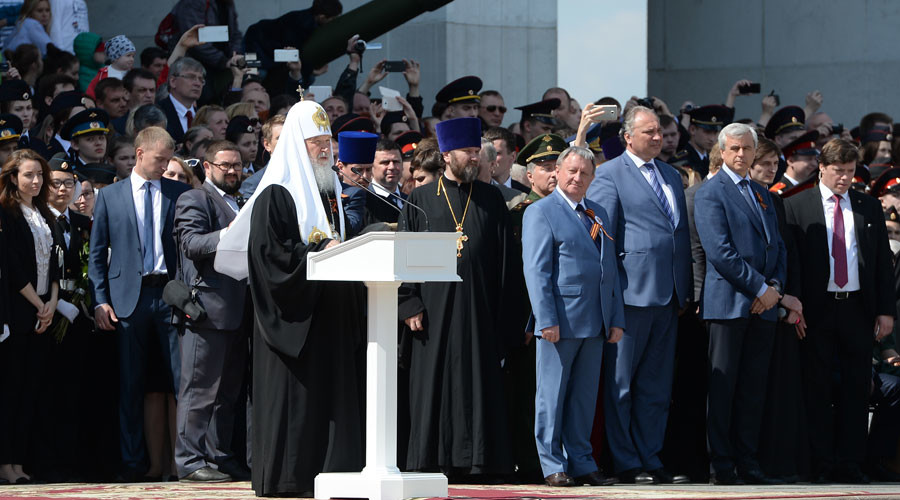 Patriarch Kirill of Moscow and All Russia, foreground, addresses the 2nd Moscow Cadet Parade dedicated to the 71st anniversary of the victory in the Great Patriotic War and the 75th anniversary of the Battle of Moscow. © Iliya Pitalev