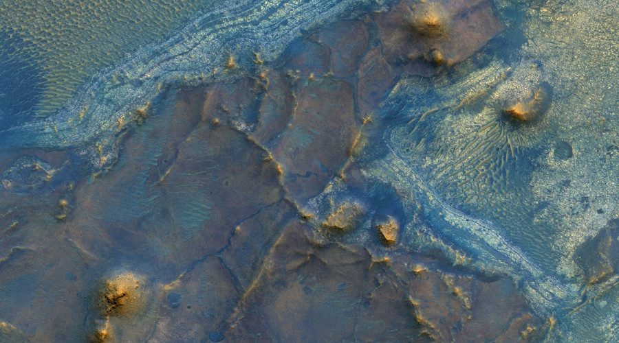 Red is not its only color: NASA captures Mars you've never imagined (PHOTOS)