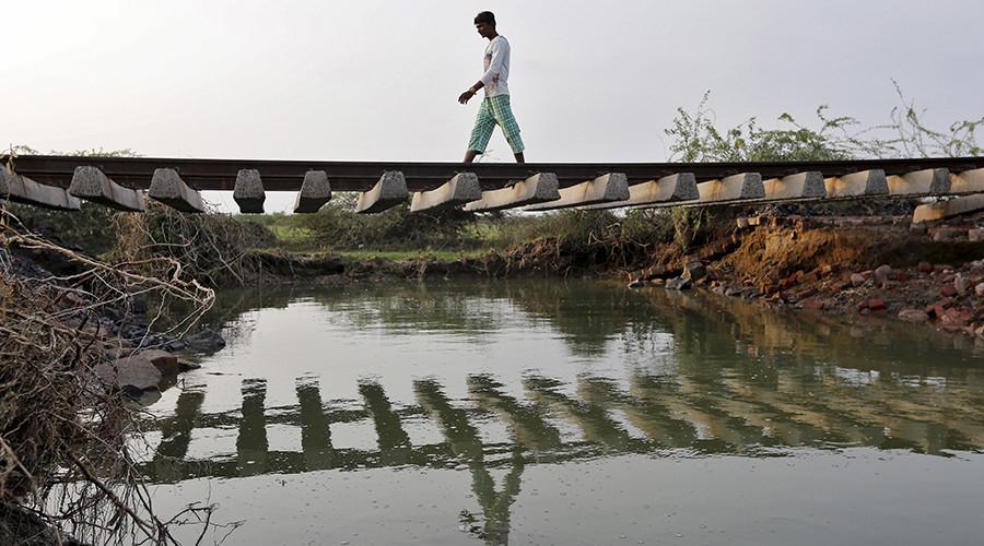 Wave of suicides engulfs Indian village: locals blame demons, science blames pesticides