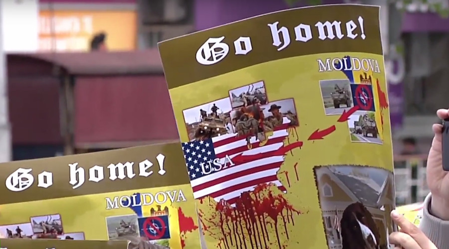 V-Day provocation? US-NATO hardware forced out of Moldova's capital after public outrage