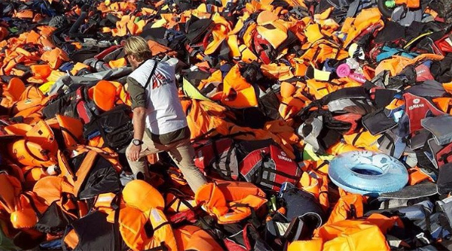 'Abdication of moral & legal duties': MSF slams EU for shipping refugee suffering to Turkey