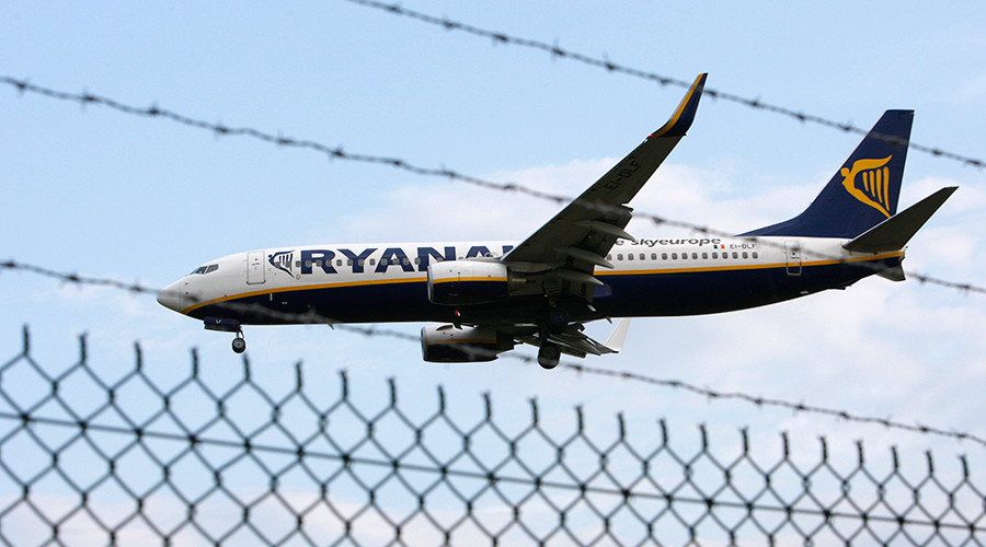 Ryanair runway 'bomb' scare sparked by onboard bathroom fight
