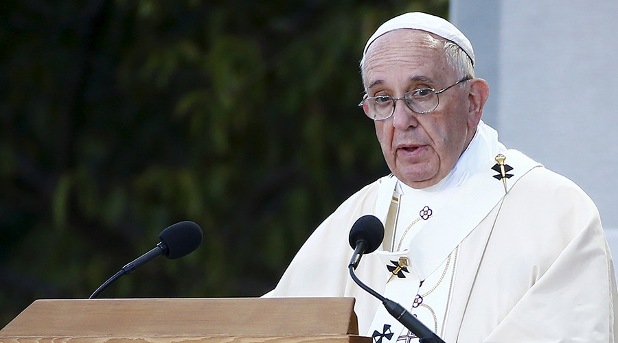 Pope Francis criticizes Western interference in Middle East, Africa