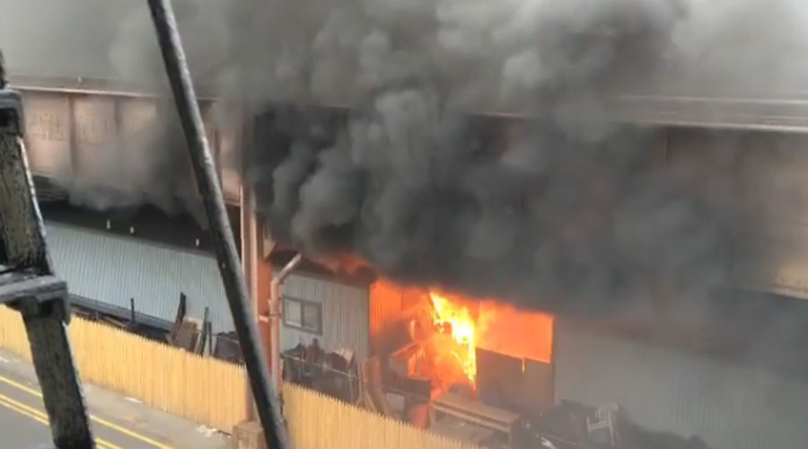Massive blaze breaks out under NYC metro in East Harlem (PHOTOS, VIDEOS)