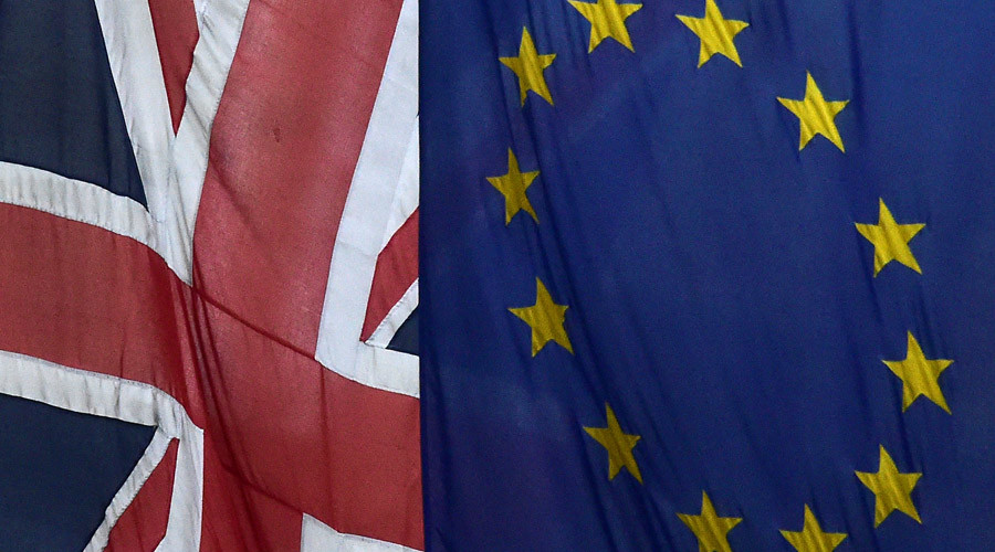 European Union and the British Union flags © Toby Melville