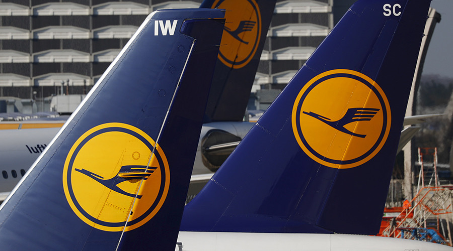 German doctors' association blames Lufthansa for 'appalling' handling of suicidal Germanwings pilot