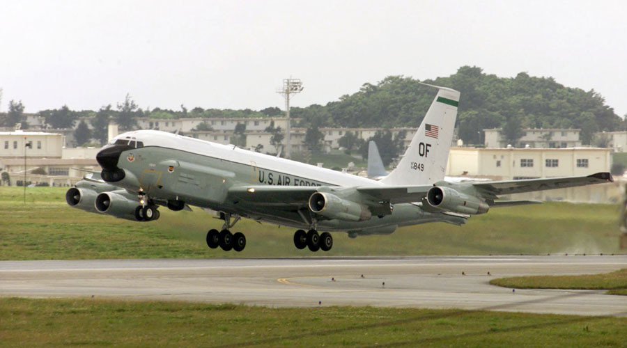 US RC-135 spy plane ©