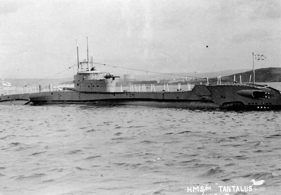 HMS Tantalus, a sister vessel of the discovered sub dating from the same era © naval-history.net