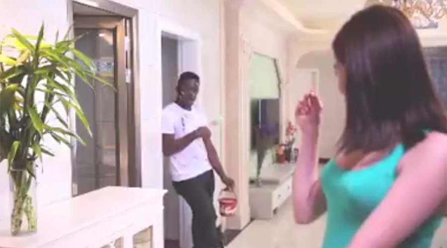 Chinese laundry detergent ad awash with racism (VIDEO)