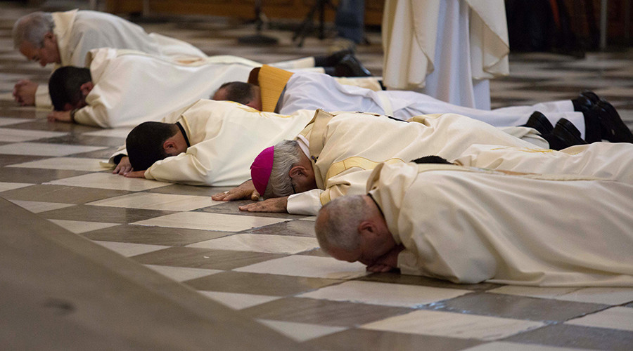 Spanish bishop tells monks & priests to get 'anti-pedophile certificate'