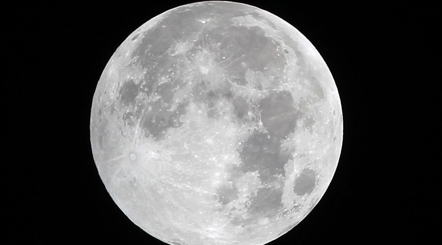 Russia to launch yearly manned flights to Moon starting 2025