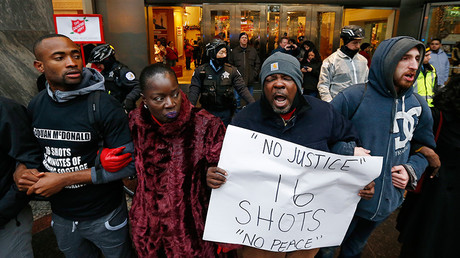 Chicago police body cameras fail to record killing of unarmed black teen
