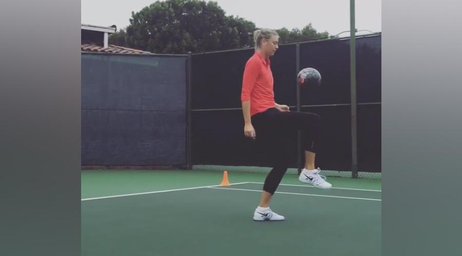 Sharapova shows off her football skills (VIDEO)